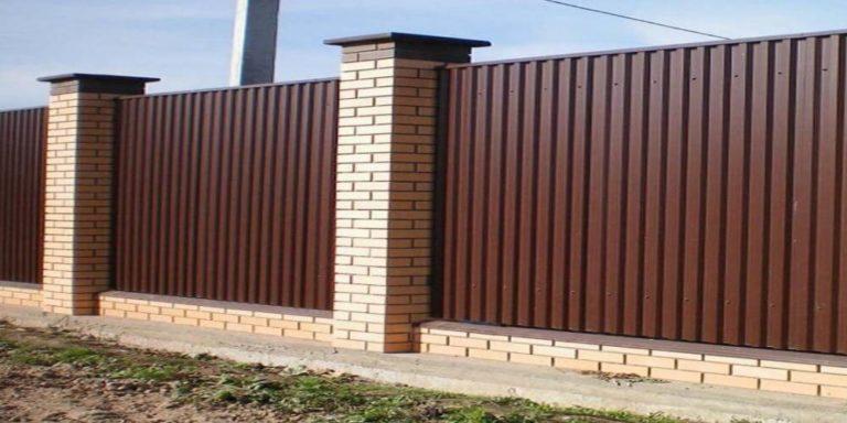 дачный забор на фундаменте