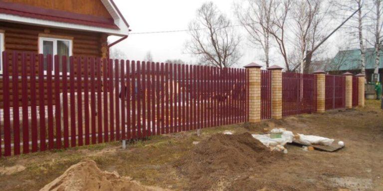 дачный забор из евроштакетника