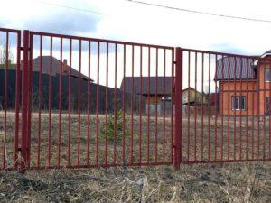 Металлический забор из секций