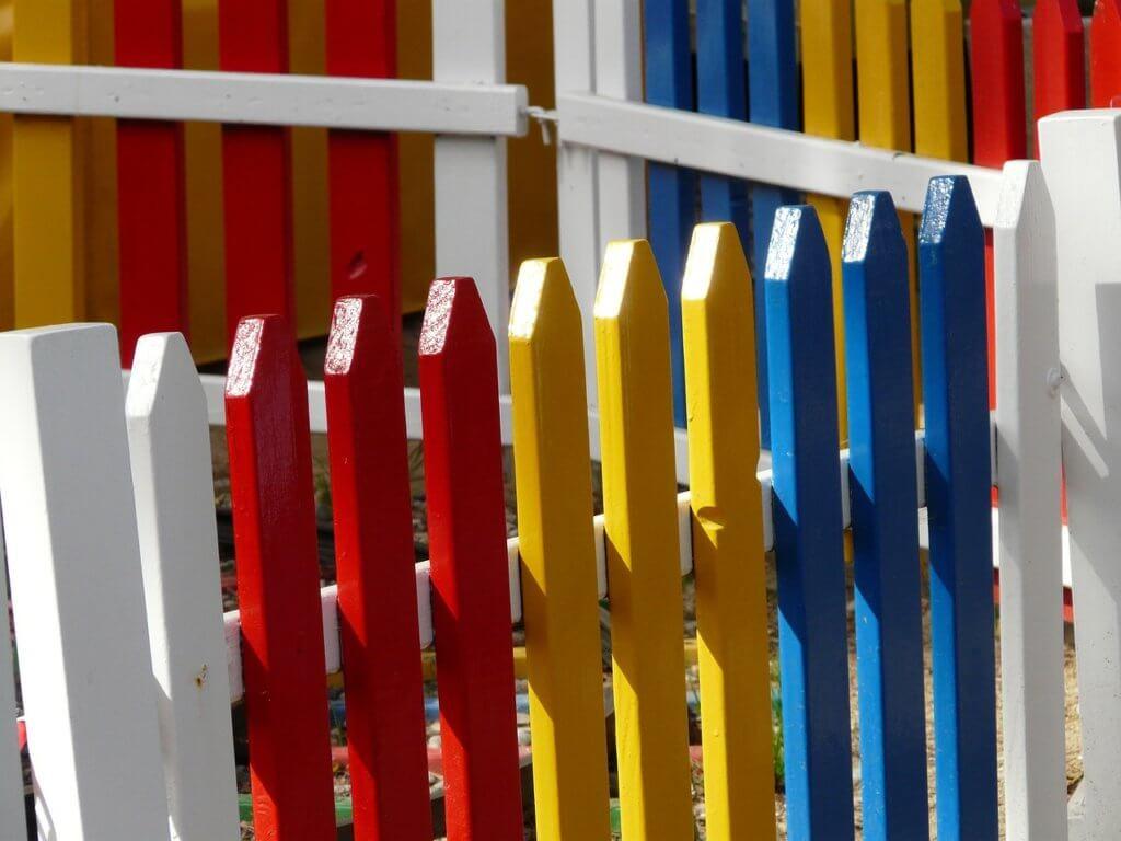 Детский забор для дачи