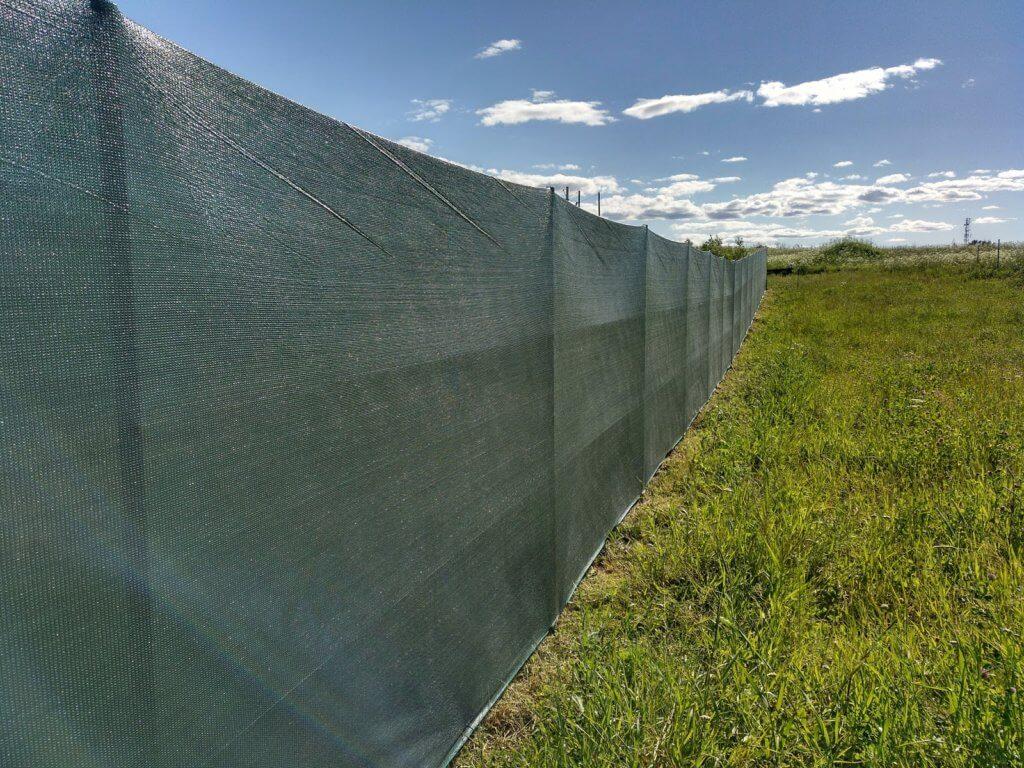Ткань на забор для дачи