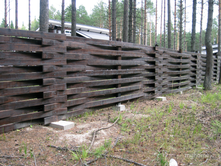 Деревянный витой забор