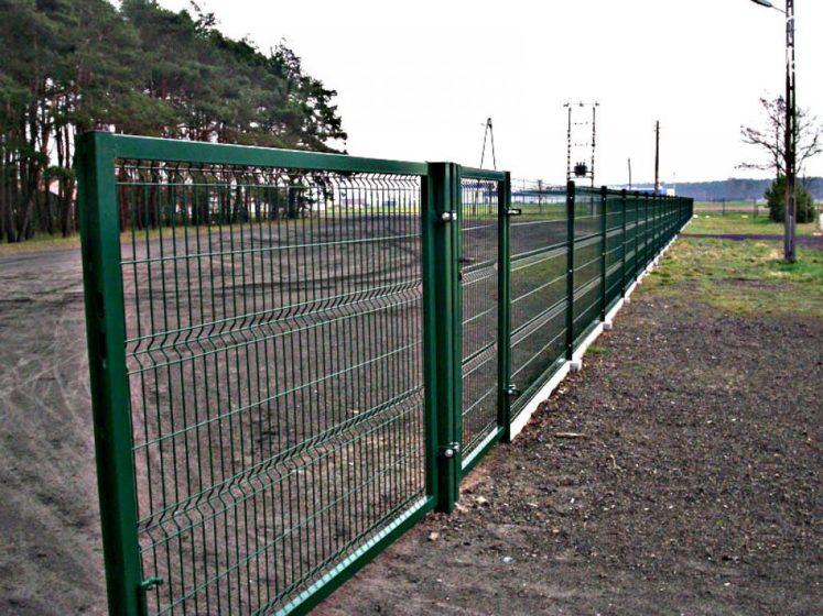 Сетчатый забор секционный