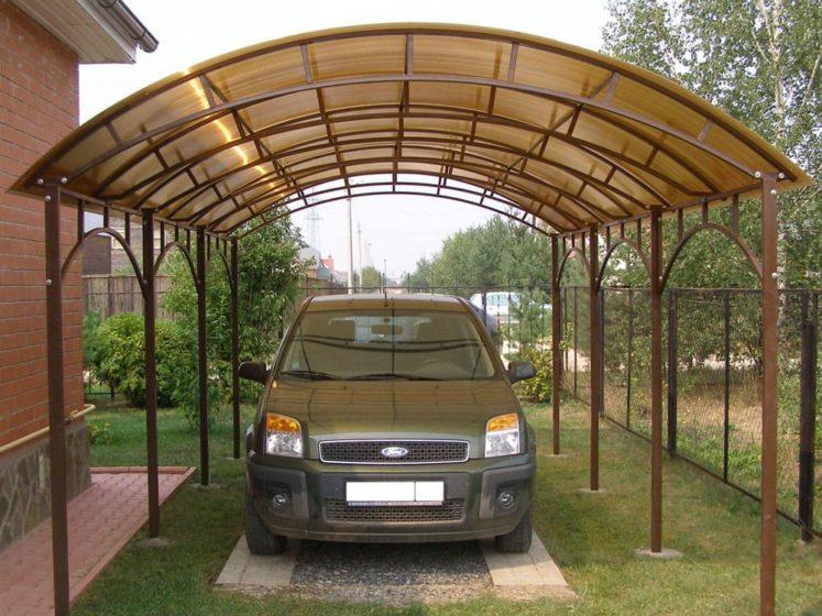 Сборные навесы для автомобилей из поликарбоната