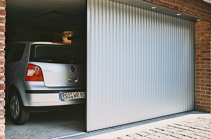 том, каким откатные ворота в гараж фото краеведческий